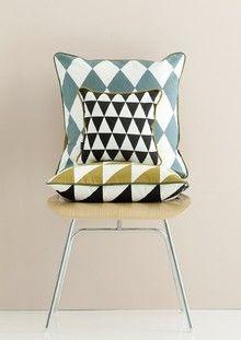 Large Geometry Cushion - Grey