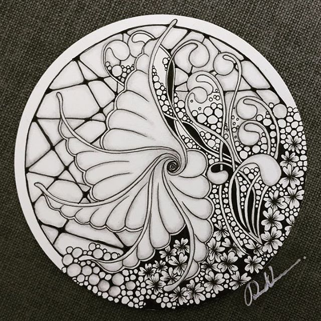 Zentangle - 121316. Artwork from Rebecca Kuan - #rebeccasecretbox Welcome to visit my FB Page: http://www.facebook.com/Rebecca.Zentanglebox/ #zentangle #zendoodle #doodle #doodleart #drawing #draw #tangle #art #artwork #zentangleart #zentangleinspiration #learnzentangle #zenart #hearttangles #drawings
