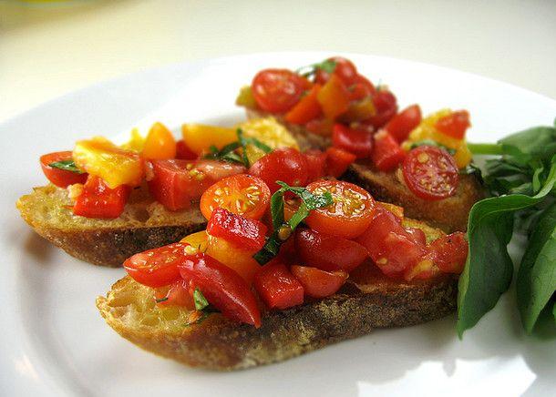 Bruschetta à l'ail rôti #tomate