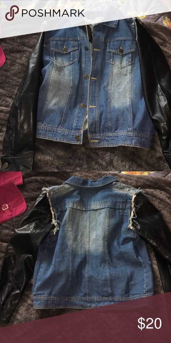 Jean Jacket With Leather Sleeves Men Tag - Large in Chinese ( US S/M) DSQUARED Jackets & Coats Lightweight & Shirt Jackets