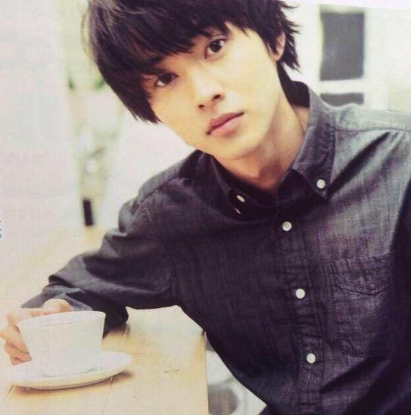 Kento Yamazaki, making coffee, The Television #20, 2015 https://www.youtube.com/watch?v=Qn3IJ2gJ6Ak