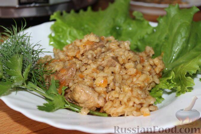 Фото приготовления рецепта: Перловая каша с мясом и овощами (в мультиварке) - шаг №11