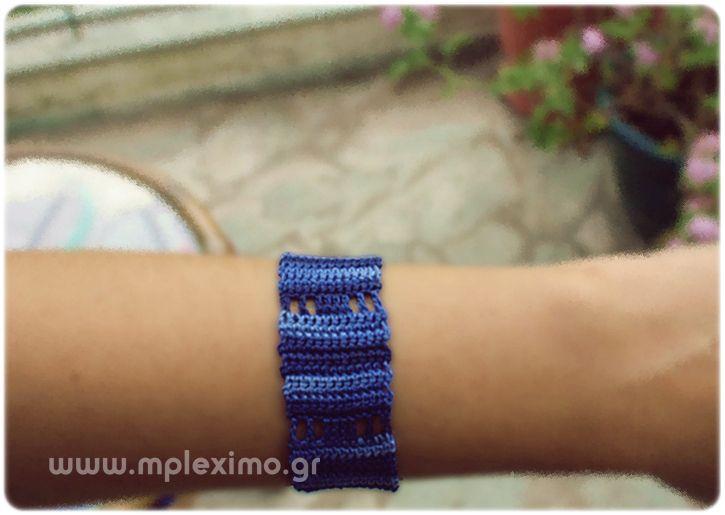 blue bracelet crochet
