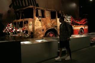 9 11 museum pictures crushed fire truck and ambulance. Black Bedroom Furniture Sets. Home Design Ideas