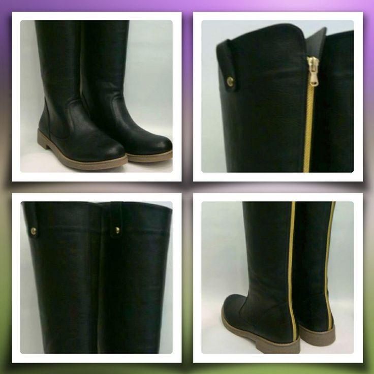 Woman black zipper boots handmade