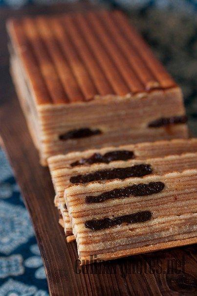 """Как приготовить слоеное пирожное """"Куэй Лапис"""""""