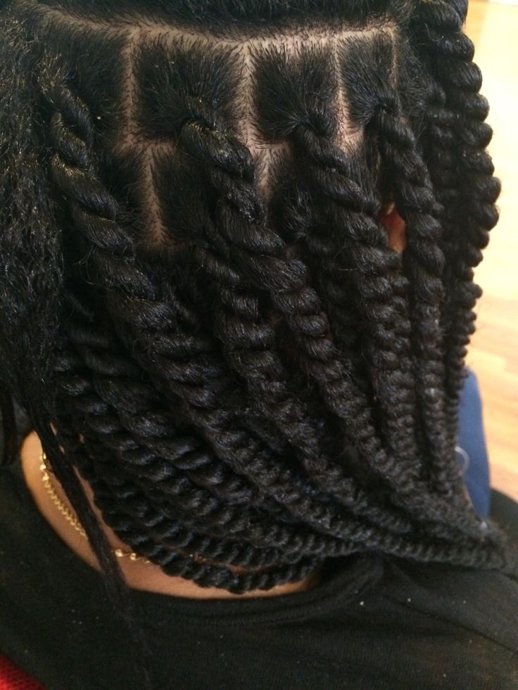 Super neat Marley twist! @nappyandhappynj Yes now those are nice I have seen some really BAD ones...