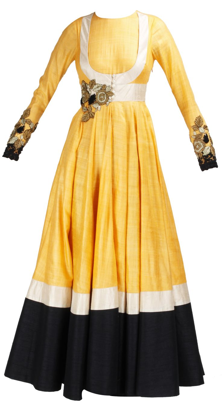 Orange and black anarkali with embroidery by RIDHI MEHRA. Shop at https://www.perniaspopupshop.com/whats-new/ridhi-mehra-4565.