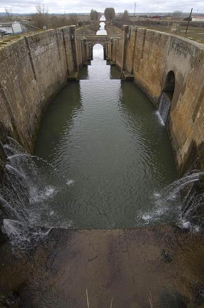 Canal de Castilla, provences the Palencia, Burgos and Valladolid