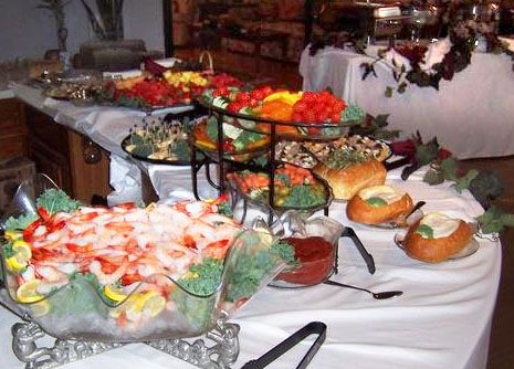 Gelliotscatering.com is offering best wedding catering for 20 years. Our company can satisfy your taste buds with an exceptional service beyond a doubt.
