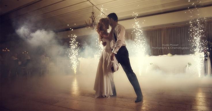 www.photographergreece.com  #wedding #weddingphotography #santorini #photos #greece #video