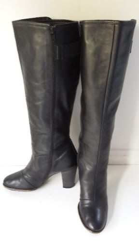 Welcome,   you are purchasing an imaculate pair of  Womens Black Leather Knee High Fashion boots size Eu41 USA10 UK8   Benefits  -full knee height soft but sturdy leather uppers  -fully leather lined  -inside zip running the entire length of the boot  -stitched not glued  -great solid heel for brisk walking  -so comfy you won't want to talke them off  -reason for selling-surplus stock   RRP$225   These are gorgeous so don't miss out.   Pay and pick up Brisbane King George Square or ...