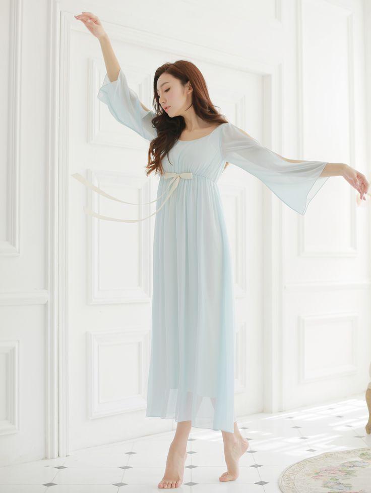 Livraison gratuite en mousseline de soie modale princesse Style femmes bleu chemise de nuit longue nuit corne manches Vintage Pijamas roupao feminino(China (Mainland))