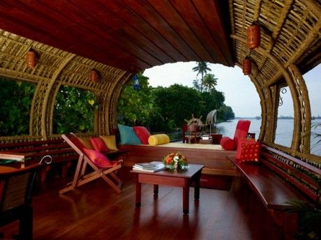 there are very few things that are as pleasant as discovering the backwaters of kerala in a beautiful houseboat. cant beat the motherland:)