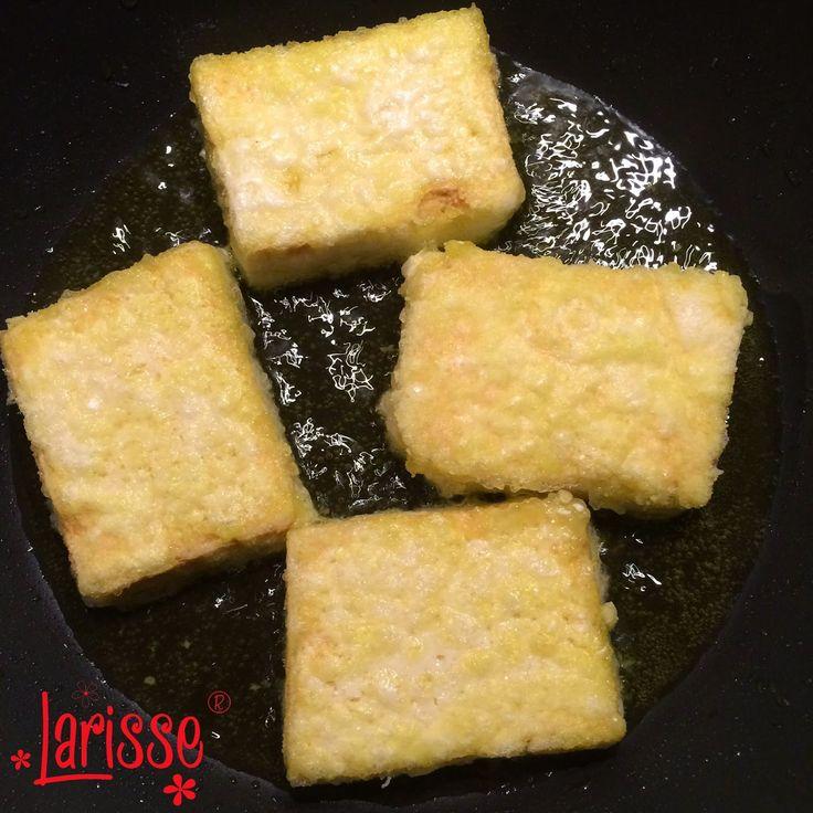 In Larisse's Kitchen: Tahoe of tofu. Wat is het en hoe bereid je dat? Recept: gebakken tahoe