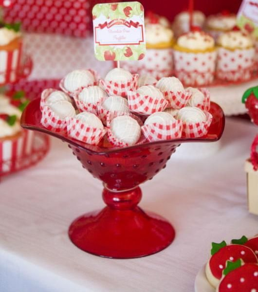 food decor | canada day food, patriotic decoration ideas and edible decorations in ...