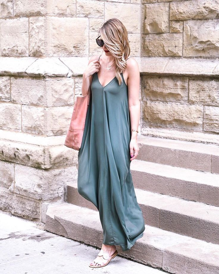 "1,519 Likes, 130 Comments - Jenna | Visions of Vogue (@jennacolgrove) on Instagram: "" Maxi dresses are to weekends as button ups are to weekdays. Anyone else hate the analogy…"" #love #fashion #ootd #blogger #beautyblogger #style"