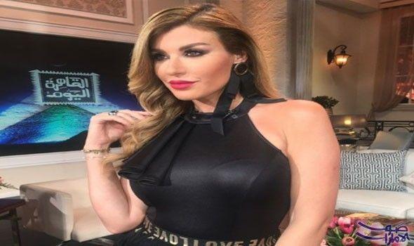 الإعلامية ريتا حرب تؤكد أن تجربتها مع الجمهور المصري مرعبة أكدت الإعلامية والممثلة اللبنانية ريتا حرب أن تجربتها مع الجمهو Fashion Little Black Dress Dresses