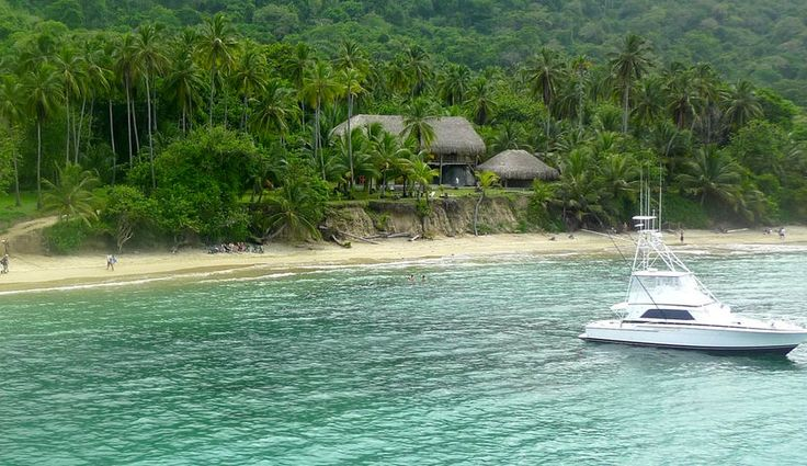 An all inclusive luxury 14 day self-guided holiday package. Enjoy Boutique Eco Hotels, Unique Activities & Delicious Food along the Colombian Caribbean.