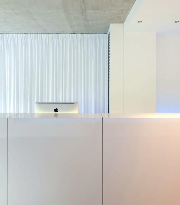 Office interior by Belgian architect Filip Deslee.: Antwerp Design, Minimalist Offices, Offices Design, Architects Filip, Belgian Architects, Antwerp Work, Offices Interiors, Design Offices, Antwerp Offices