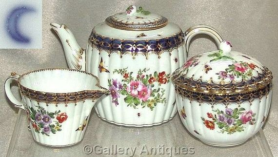 FOR SALE Late 19th Century Samson Worcester Style Porcelain Fluted Teapot, Milk Jug and Sucrier c.1880's #followvintage