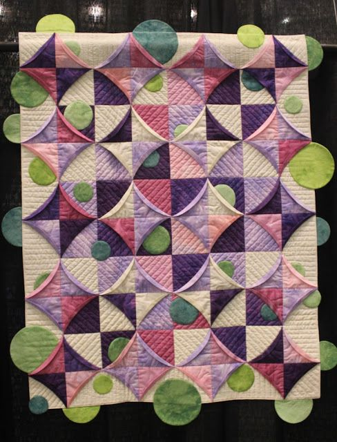 The Raspberry Rabbits: Scenes from the Mid Atlantic Quilt Festival
