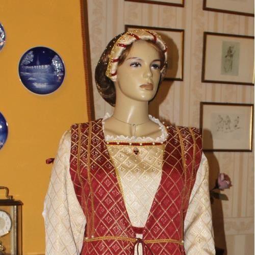 VESTITO STORICO FEMMINILE 1500  Abito STORICO FEMMINILE del Rinascimento Italiano Prima Meta' del' 1500