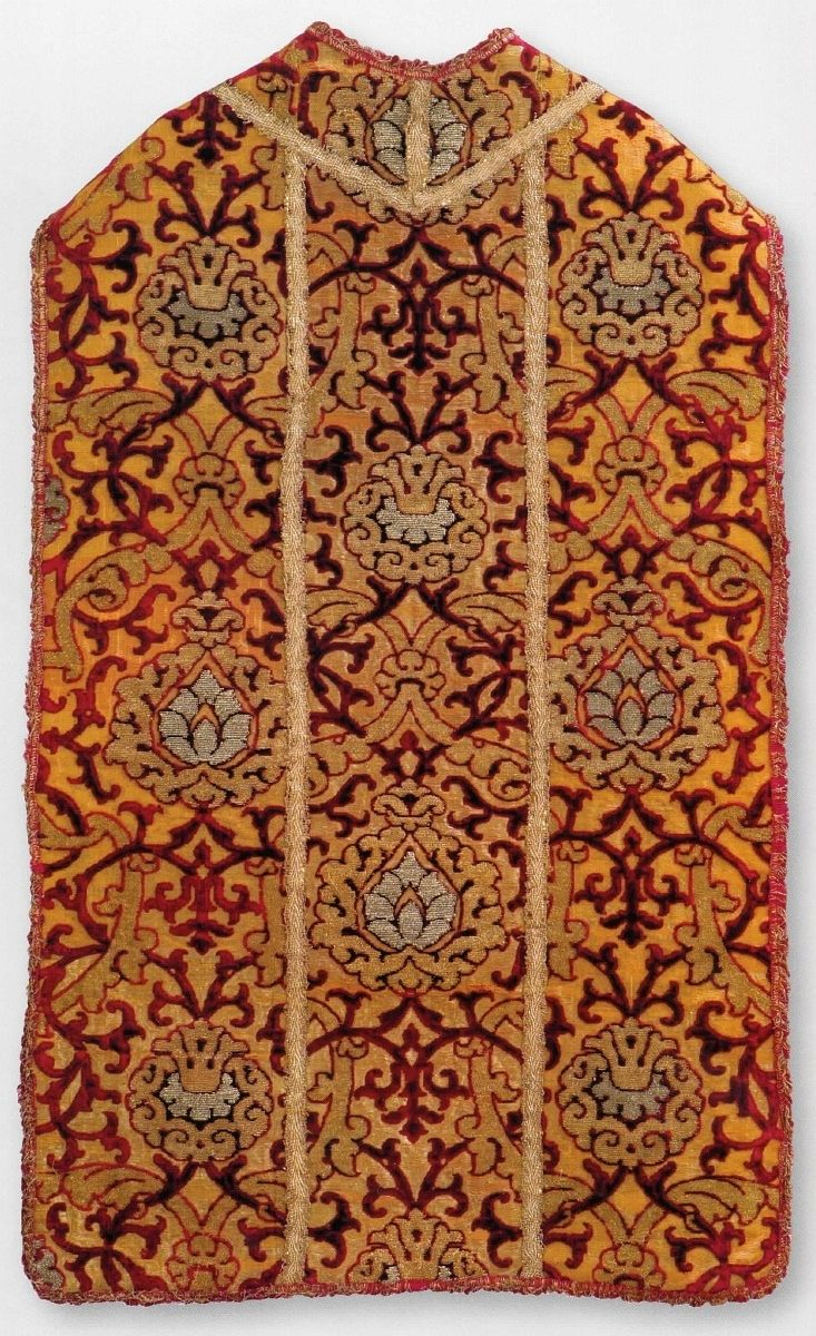 Casuble with a pomegranate motif by Anonymous from Italy or Spain (fabric) and Poland, second half of the 16th century (PD-art/old), Skarbiec Archikatedry Lubelskiej