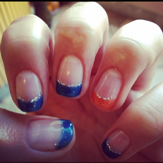 Bronco nails ;)Broncos Baby, Hair Make Up Nails, Denver Broncos Nail Art, Denver Broncos Nail Designs, Broncos Football, Nails Ideas, Beautiful Style, Broncos Nails, Colorado Nails