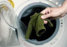 """Tutti i rimedi fai da te per salvare un maglione infeltrito Avete sbagliato la temperatura di lavaggio del vostro maglione preferito e si è infeltrito? Scopriamo i rimedi della nonna fai da te per far tornare il nostro indumento come nuovo. Tutte avranno sbagliato, almeno una volta nella vita, la temperatura di un lavaggio in<a href=""""http://www.grandinotizie.eu/?p=7288"""" title=""""Read more"""" >...</a>"""