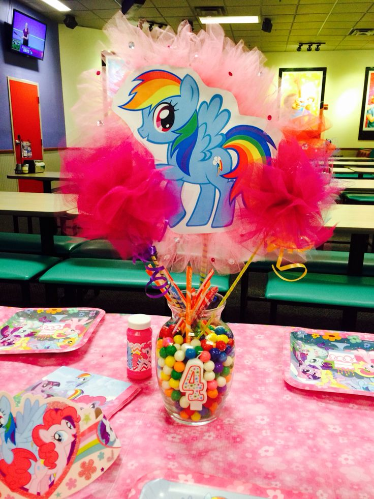 My little pony centerpiece.