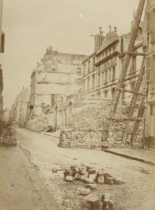 Rue de Lille - Insurrection de Paris, 1871 / Wulff Jeune phot.
