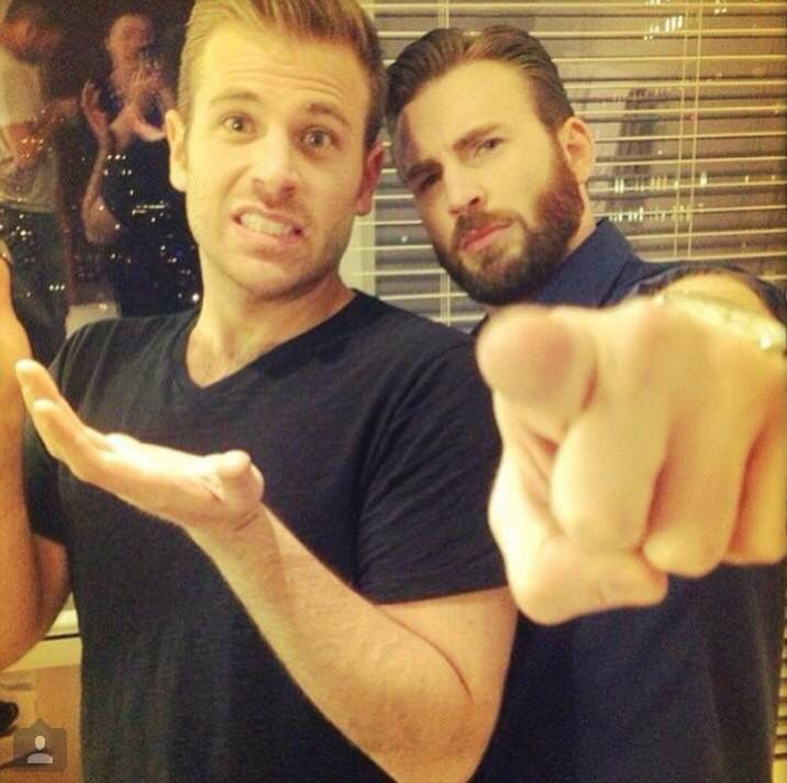 Scott and Chris Evans. Scott is 78653389000000x more attractive than Chris.....just sayin.
