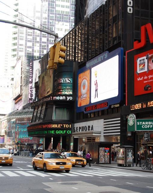 New York by Flygstolen, via Flickr #NewYork #NY #Sephora #shopping #USA #Travel #Resa #Resmål #New #York #NewYork #CIty #NYC #NewYorkCity