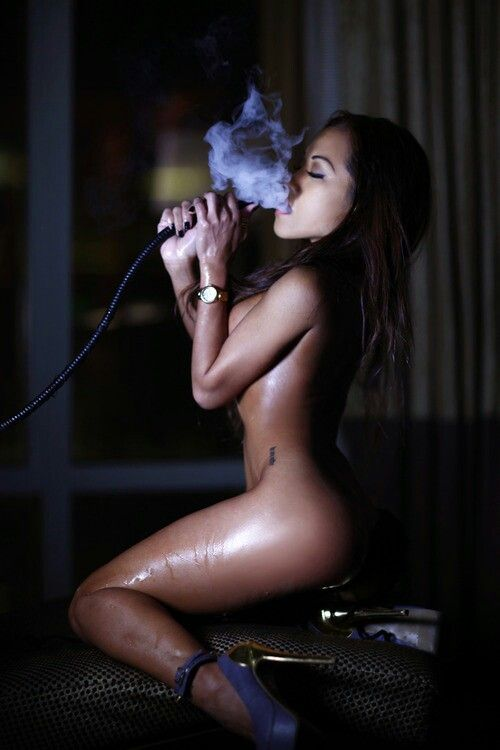 nude-black-girls-smoking-weed