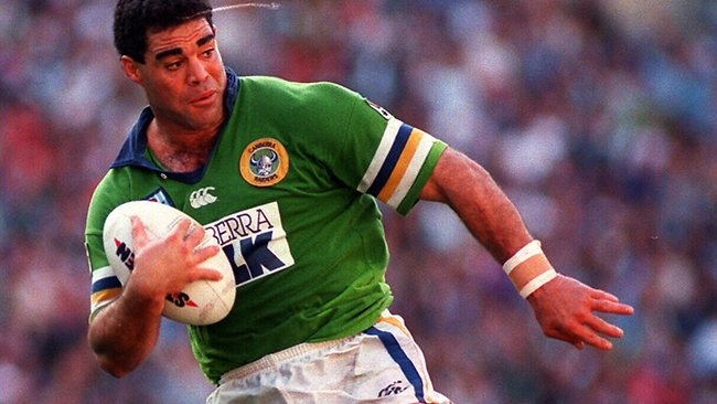 Mal Meninga in action for the Raiders