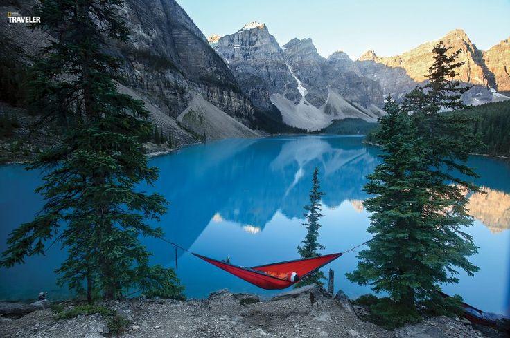 Definitiv ein Sehnsuchtsort ist der Banff-Nationalpark mit dem wunderschönen Gletschersee Moraine Lake.