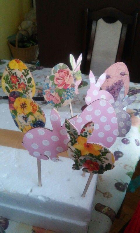 Decoupage easter bunny eggs