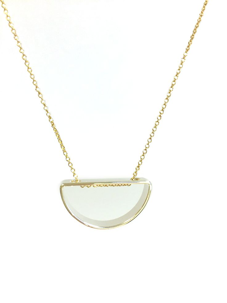 Delores - short One Button necklace with open semi circle shape #clear #gold #springsummer #necklace #accessories #onebutton  Click to buy from the One Button shop.
