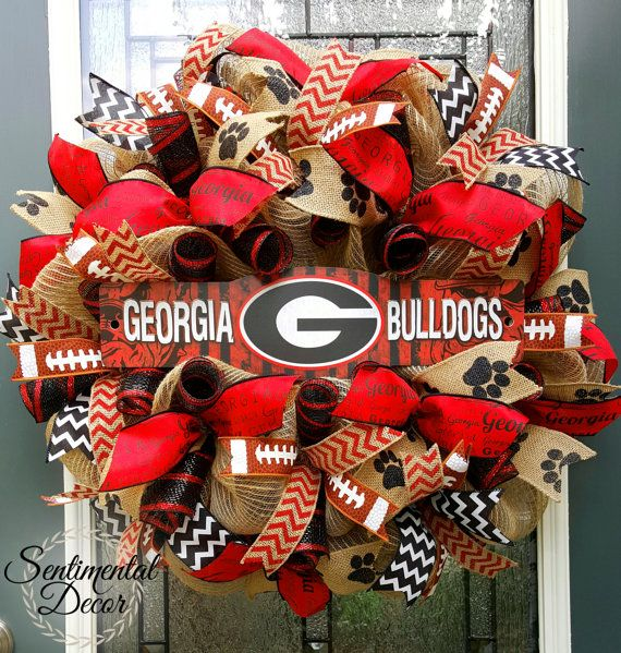 UGA Wreath, Burlap UGA Wreath, University of Georgia, Football Deco Mesh Wreath  This full, burlap mesh UGA wreath is the perfect way to show