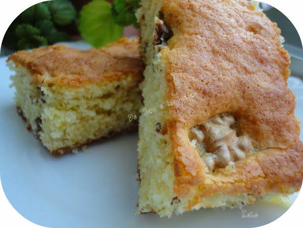Bizcocho de yogur griego y nueces