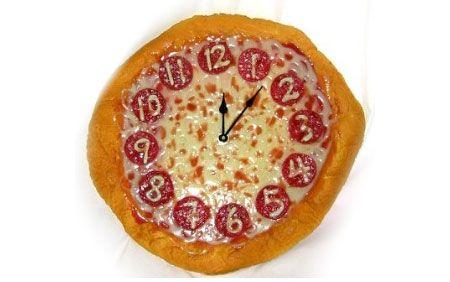 10 Coolest Clocks - Oddee.com (cool clocks, weird clocks...)