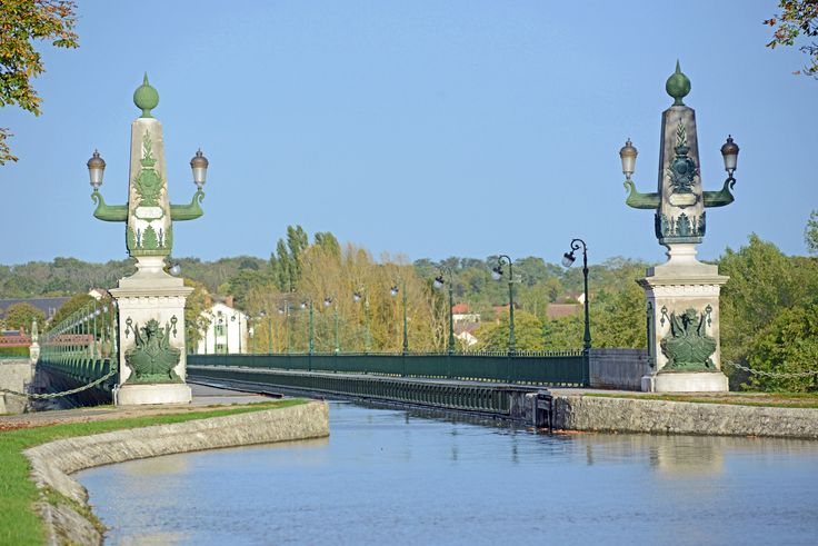 Our cruises offer unique experiences such as the Pont Canal de Briare, Arzviller Boat Elevator and the Malpas Tunnel.  Find out more here: http://www.gobarging.com/our-cruises-page/hotel-barging