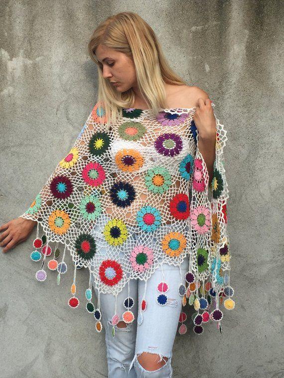 Frauen Zubehör Bunte häkeln Schal weißen Hintergrund mehrfarbige Blumen