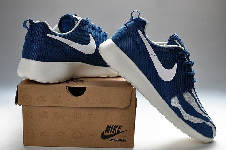 Nike Roshe Run deep blue/wht cleann