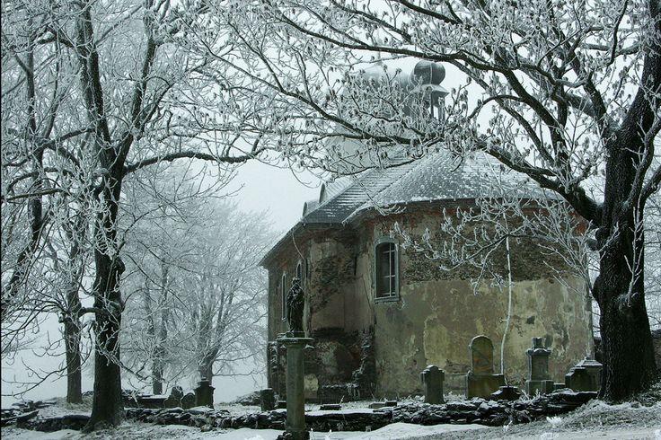 zapomenutý kostel v Orlických horách