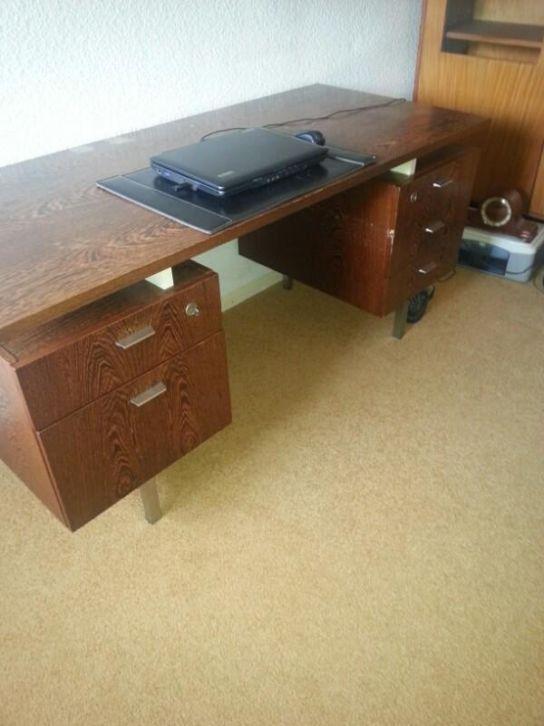 Vintage bureau - Prijs: Gratis