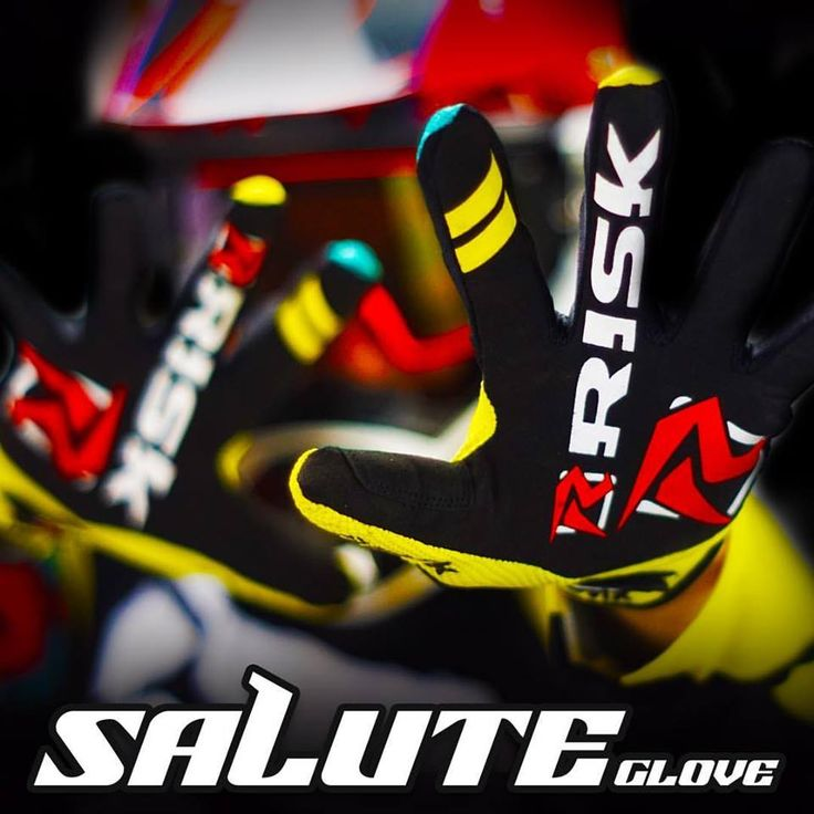 We're expanding our line of Ventilate Gear!!! Here's the first sneak peak of one of our new designs!! Let us know what you think and stay tuned for more!! #riskracing #ventilate #digital #mx #gear #new #gloves #moto #motolife #sx #motocross