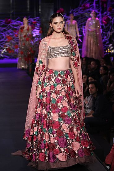 Manish Malhotra bridal collection. Shop for your wedding trousseau, with Bridelan - a personal shopper & stylist for Indian brides & grooms, visit our website www.bridelan.com #Bridelan #weddinglehenga #manishmalhotra