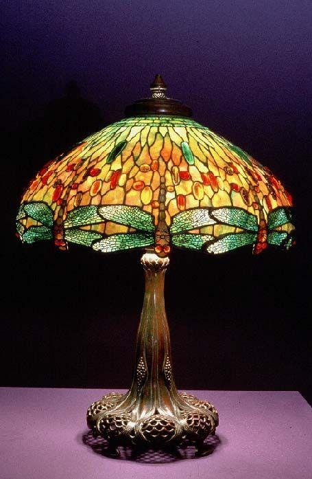 Dragonfly Lampada, c. 1900-1910, vetro piombato, gioielli in vetro cabochon, filagree metallo, bronzo patinato,